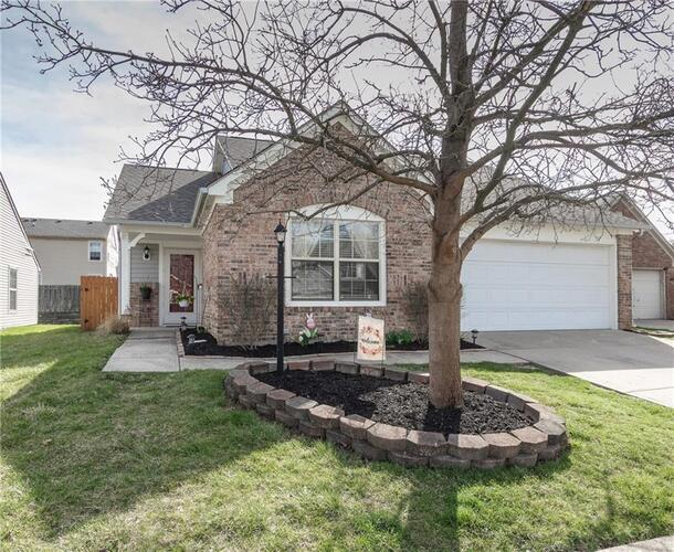 5629  Fox Glove Lane Indianapolis, IN 46254 | MLS 21774841