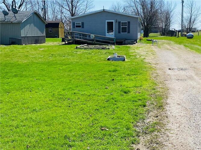 8817 E County Road 0 Ns  Frankfort, IN 46041 | MLS 21774847