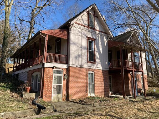 2221  NOWLAND Avenue Indianapolis, IN 46201 | MLS 21775186