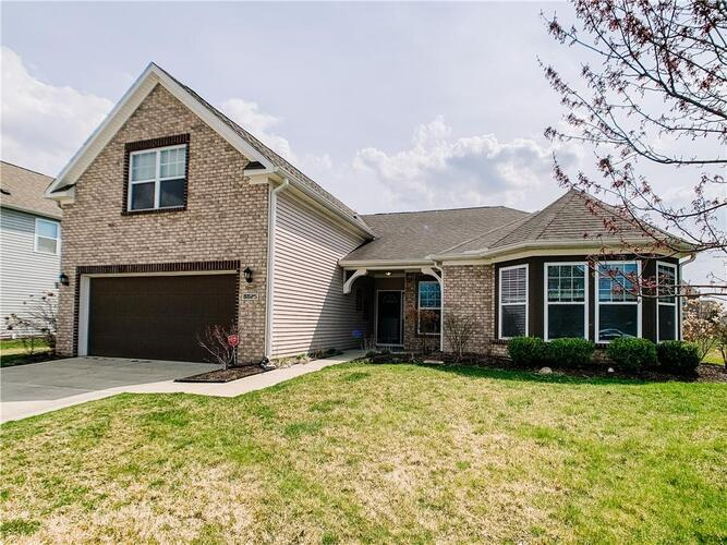 8825  NEW HERITAGE Court Indianapolis, IN 46239 | MLS 21776376