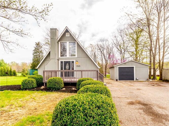 1525 S Plateau Circle Martinsville, IN 46151   MLS 21776532