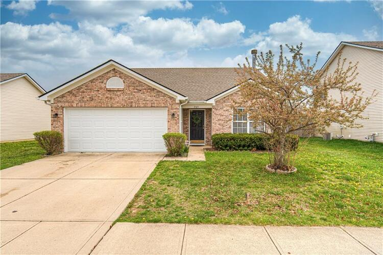 2165  Catchfly Drive Plainfield, IN 46168 | MLS 21776860