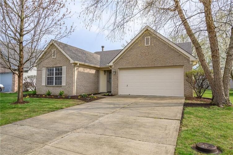 7155  Woodgate Drive Fishers, IN 46038 | MLS 21777136
