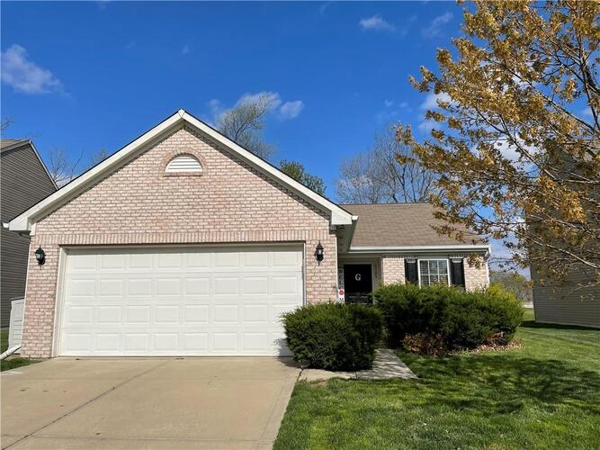 5109  GREENSIDE Drive Indianapolis, IN 46235   MLS 21778104