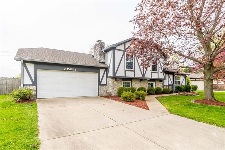 3211  Babette Drive Indianapolis, IN 46227 | MLS 21778846