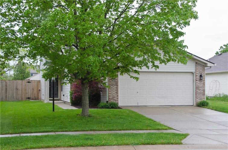 344  Harts Ford Way Brownsburg, IN 46112 | MLS 21780638