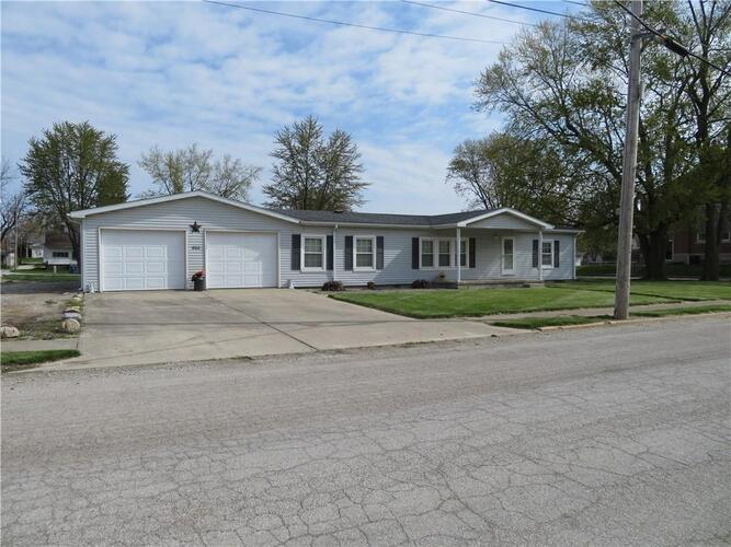800 E Mill Street Summitville, IN 46070 | MLS 21780773