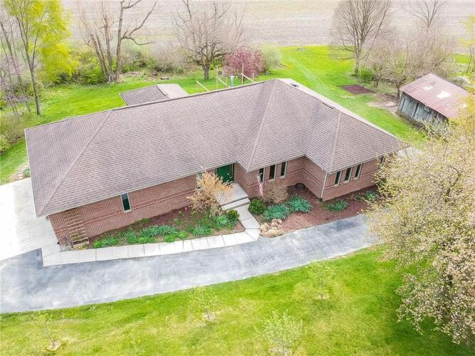 3326 N County Road 100 East  New Castle, IN 47362 | MLS 21780987