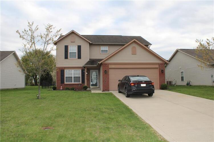 953  Dorothy Drive Greenfield, IN 46140 | MLS 21781617