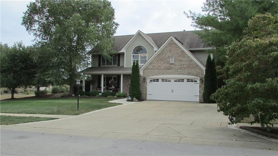 4503  Annelo Circle Greenwood, IN 46142 | MLS 21782077