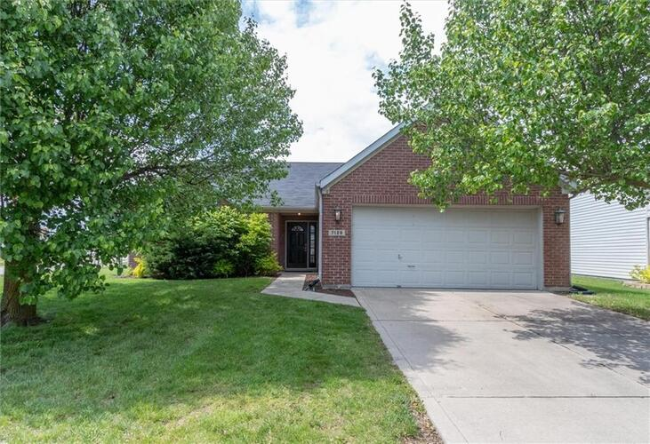 7120  HARNESS LAKES Drive Indianapolis, IN 46217 | MLS 21782957