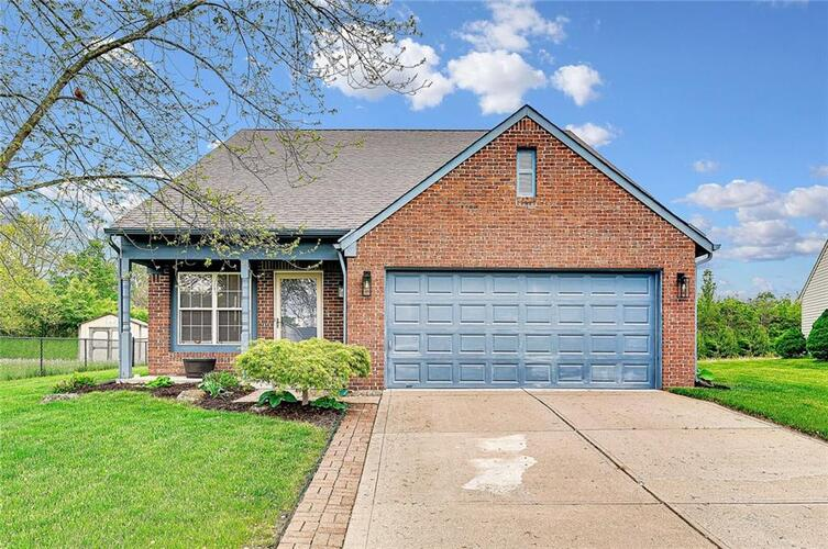 6726  Sparrowood Drive Indianapolis, IN 46236 | MLS 21783210