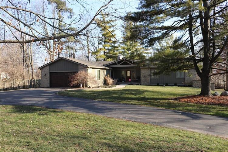 795  Pineview Drive Zionsville, IN 46077   MLS 21783873