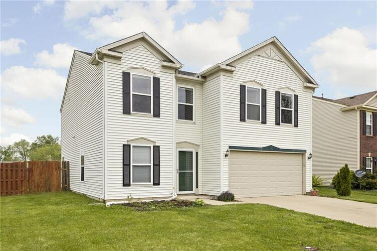 784  Country Gate Drive New Whiteland, IN 46184   MLS 21786390