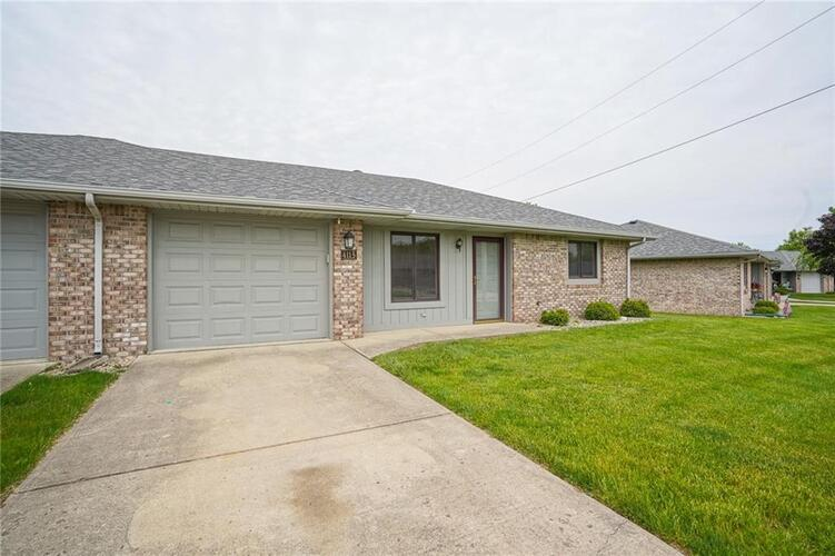 4115  Roundhill Drive Anderson, IN 46013   MLS 21788803