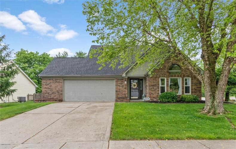 6784  Cherry Blossom West Drive Fishers, IN 46038 | MLS 21789565