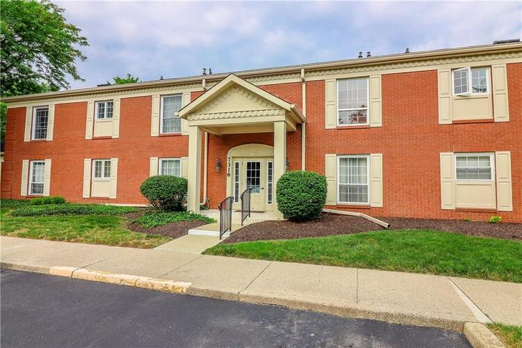 7316  Lions Head Drive Indianapolis, IN 46260 | MLS 21801280
