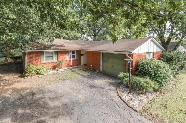 2050 N SCHWIER Drive Indianapolis, IN 46229   MLS 21813289