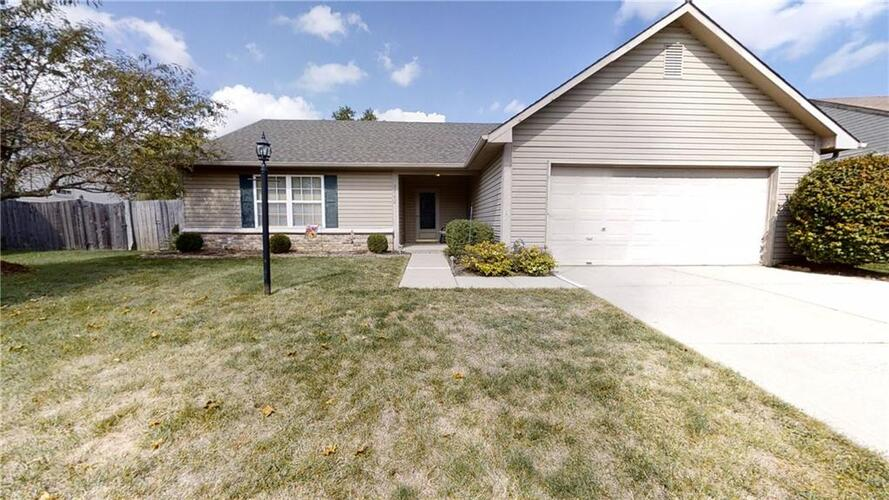 7742  HIGH VIEW Drive Indianapolis, IN 46236   MLS 21813703