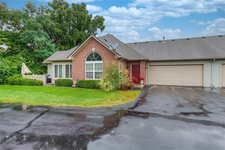 2716  REFLECTION  Greenwood, IN 46143   MLS 21814586