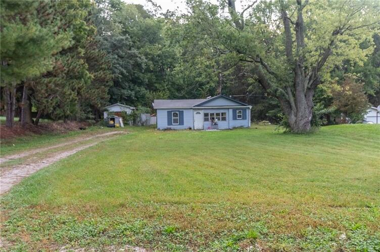 8125  State Road 39  Martinsville, IN 46151 | MLS 21816977
