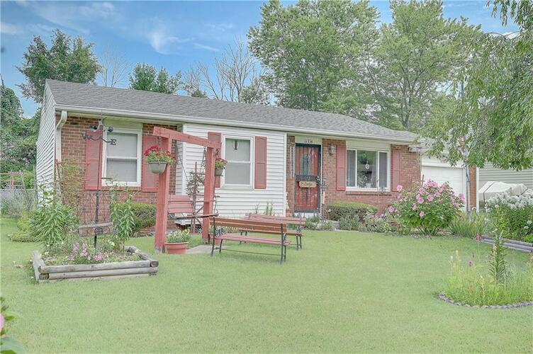 11334  Mcdowell Drive Indianapolis, IN 46229   MLS 21817637