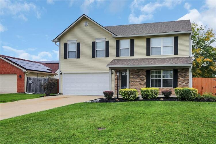 8031  Southern Trails Place Indianapolis, IN 46237   MLS 21818345