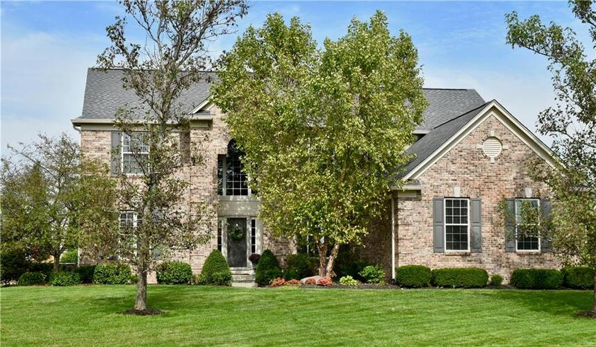 14134  Charity Chase Circle Carmel, IN 46074 | MLS 21818875
