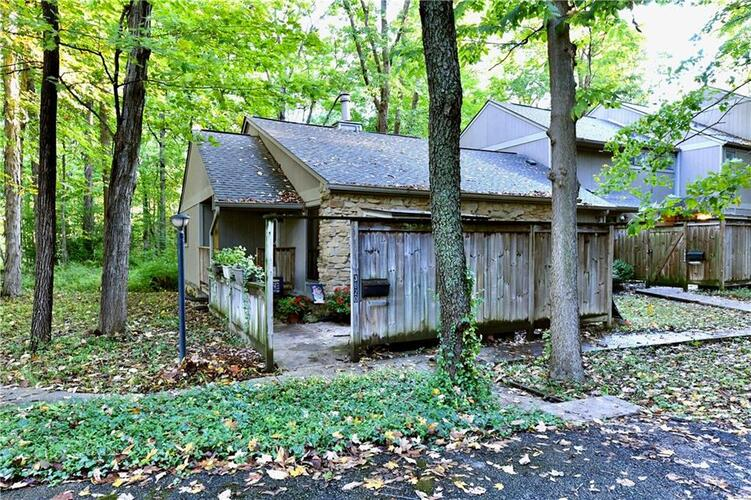 3820  Wilderness Trail Indianapolis, IN 46237 | MLS 21819528