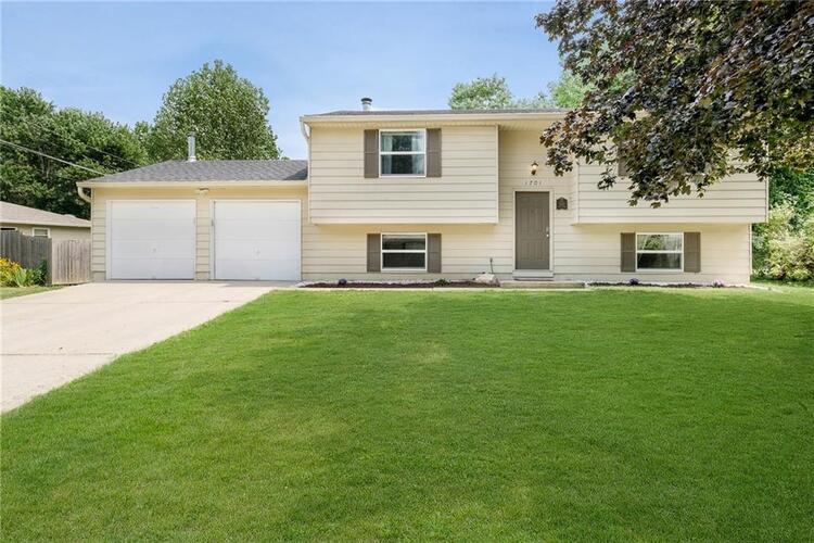1701  Arley Drive Indianapolis, IN 46229   MLS 21820107
