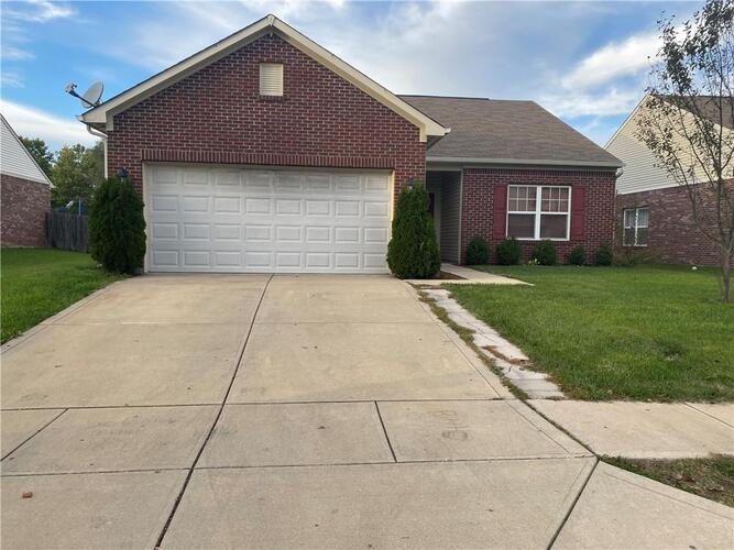 724  Winding Grove Drive Indianapolis, IN 46217 | MLS 21820210