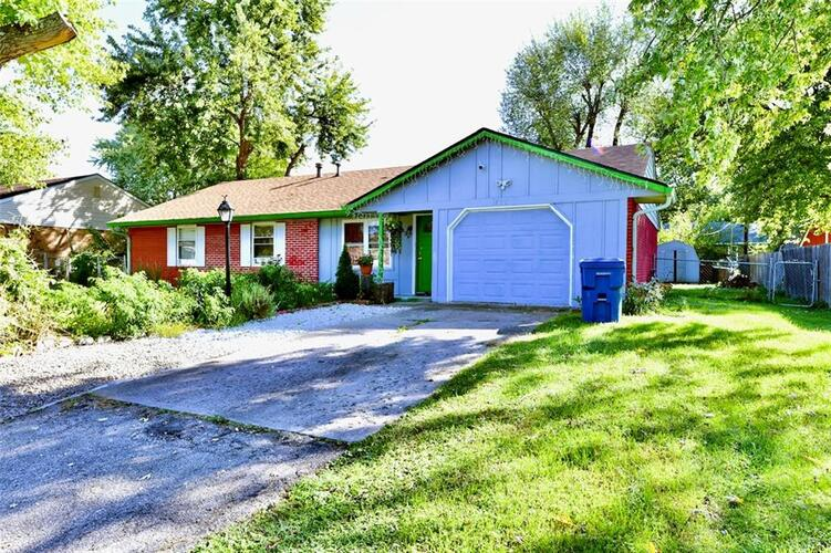 831 W Stop 11 Road Indianapolis, IN 46217 | MLS 21820518