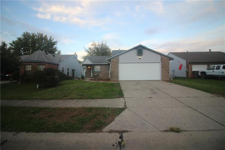8865  Summer Walk Drive Indianapolis, IN 46227 | MLS 21820900