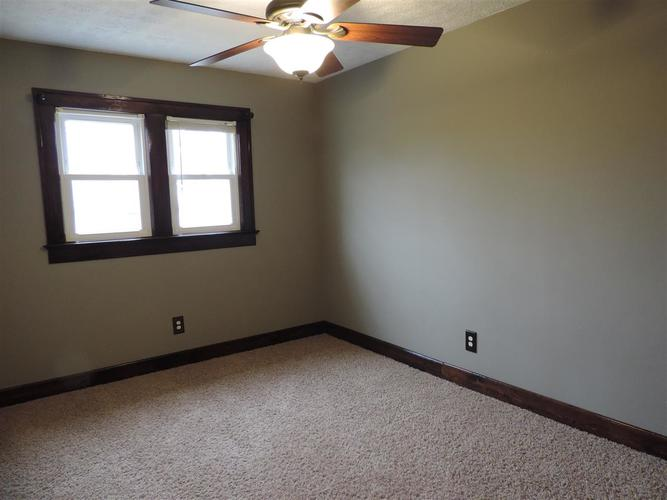 1927 S 6th Terre Haute, IN 47802 | MLS 91001 | photo 13