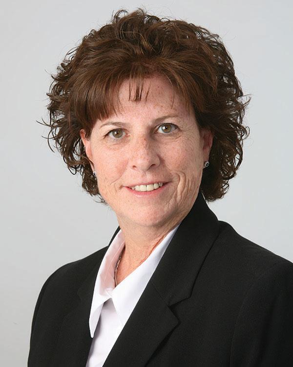 Jennifer Kelsik, REALTOR®/Broker, F. C. Tucker Company, Inc.