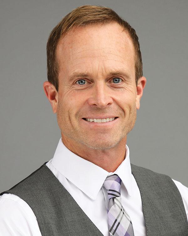 Derek Manis, REALTOR®/Broker, F. C. Tucker Company, Inc.