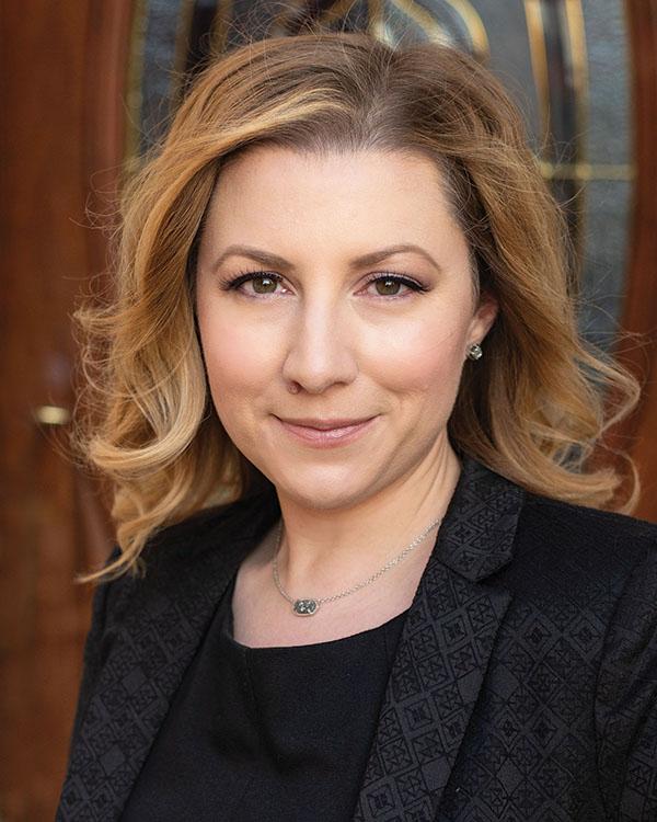 Jen Dunham, REALTOR®/Broker, F. C. Tucker Company, Inc.