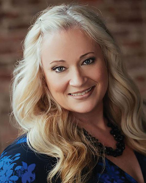 Lisa Van Leeuwen, REALTOR®/Broker, F. C. Tucker Company, Inc.
