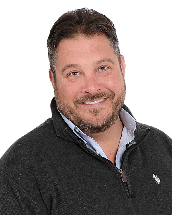 Dave Sabotnik, REALTOR®/Broker, F. C. Tucker Company, Inc.
