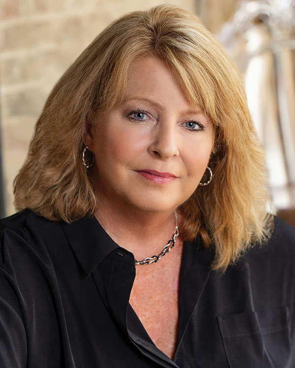 Joann Davis, REALTOR®/Broker, F. C. Tucker Company, Inc.
