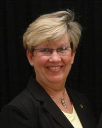 Barbara Arnold, REALTOR®/Broker, F. C. Tucker Company, Inc.