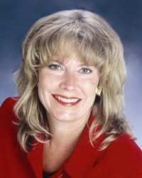 Betsy Bovis, REALTOR®/Broker, F. C. Tucker Company, Inc.